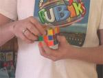 Hogyan rakjuk ki a Rubik kockát? 2. rész, második sor kirakása részlet