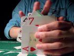 Hogyan kell szabályosan megkeverni a kártyát minden pókerparty elõtt? részlet