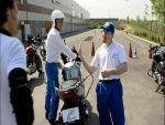 Motoros biztonsági tippek: Helyes fel- és leszállás részlet