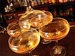 Látványos pezsgő töltés részlet
